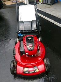 red and black push mower Wood Dale, 60191
