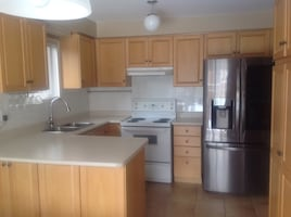 Kitchen cabinets and cupboards NICE CONDITION