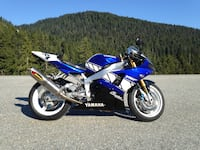 Pandamic price!! 2001 Yamaha R1 Champions edition. Only 1000 made.