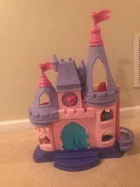 Princess castle (sings and talks) Lorton, 22079