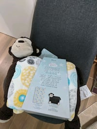Baby blanket and plush brand new Toronto, M1J 2T1