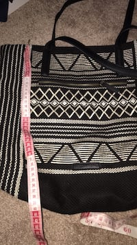 Black and white tribal print sweater Rockville, 20850