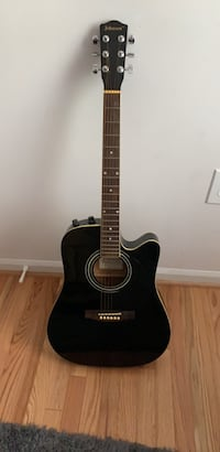 Black guitar (comes with case) Fairfax Station, 22039