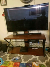 TV stand Annandale, 22003