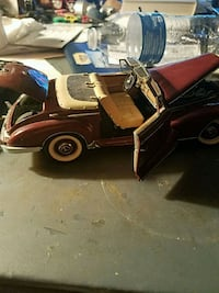 red and black classic car scale model Hazel Green, 35750