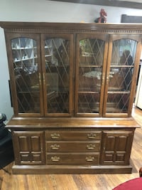 Ethan Allen China Cabinet 27 km