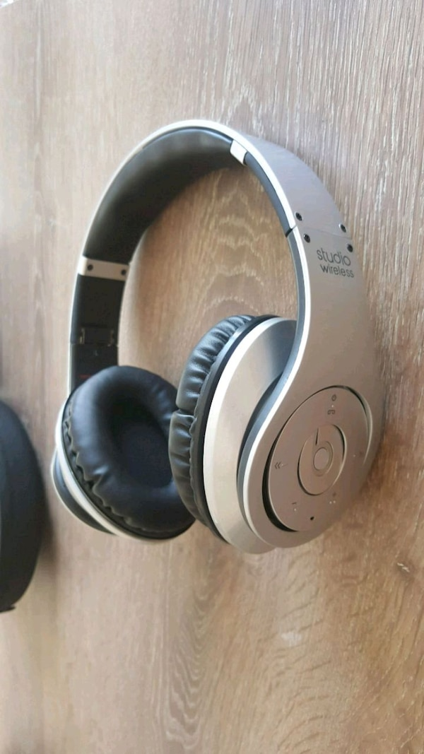 Beats Studio Monster Wireless Kulaklık 6e0fe7cd-8e33-439c-9d64-d3ac17c122cb