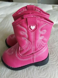 Baby boots Greencastle, 17225