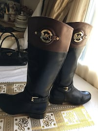 Michael Kors size 9M Condition Pre-owned Los Angeles, 91335