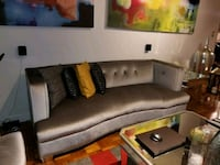 2 sofas 2 coffee tables Queens, 11377