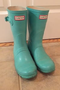 Used hunter boots women's 8