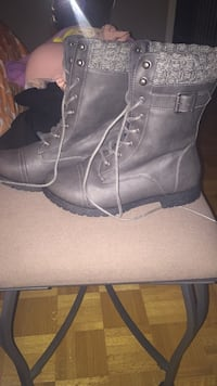 BRAND NEW grey boots Vaughan, L6A 2J7