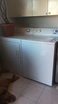 white washer and dryer set Montréal, H1X 2H8