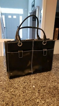 Wilson's leather bag