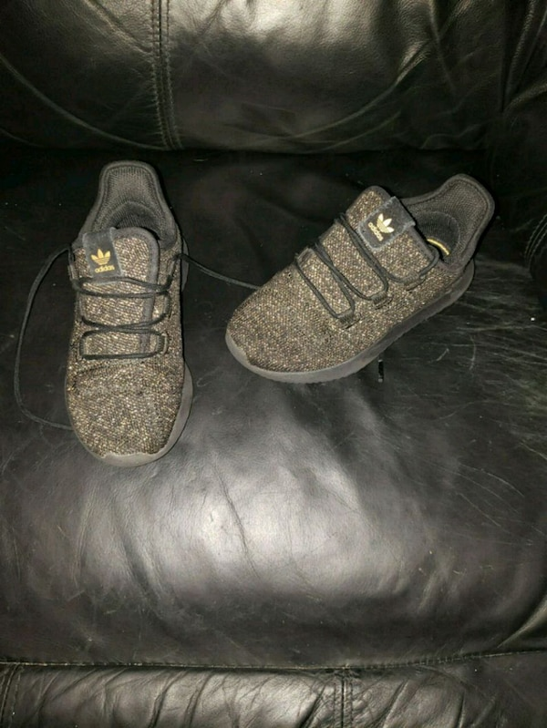 Adidas sz 11 toddler