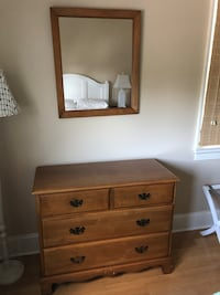 Two matching dresser and mirror set Lavallette, 08735