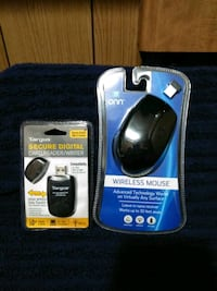 Wireless mouse and SD card writer.  Fairland, 74343