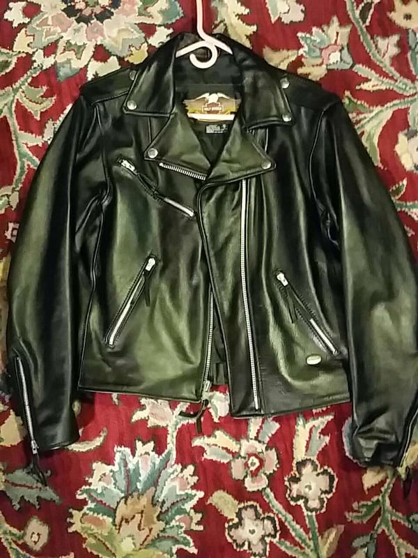 Harley Davidson motorcycle leather coat genuine  ed22d3b6-a033-4119-ab48-4574a094d2e8