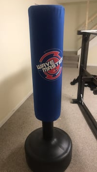 blue and black Wave Master freestanding heavy bag Laurel, 20707