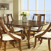 Dining Table and 4 chairs 31 mi