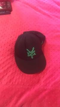 black and green cannabis print fitted cap London, N6H 1T3