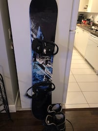 Sims 160 with bindings and size 10.5 boots Langley, V2Y 0L1