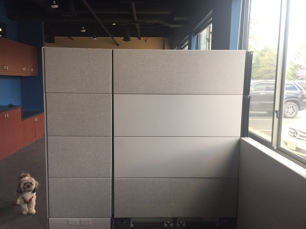 Herman Miller cubicle workstations 5fe66e58-4ffc-4bbb-8f88-29418a36818f