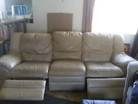 Double ended recliner couch