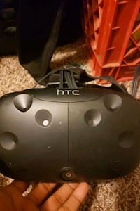 HTC virtual reality goggles used needs controls and additional cords