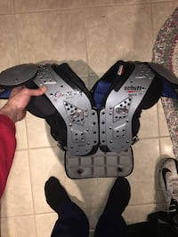 Schutt football shoulder pads Burlington, L7L 1S7