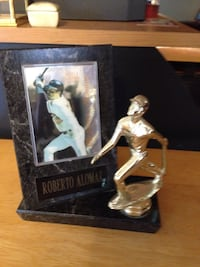 Roberto Alomar Trophy with Select Players Card Nottingham, 21236