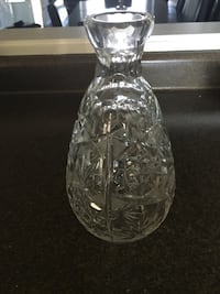 clear cut glass vase Paris, N3L 3S2