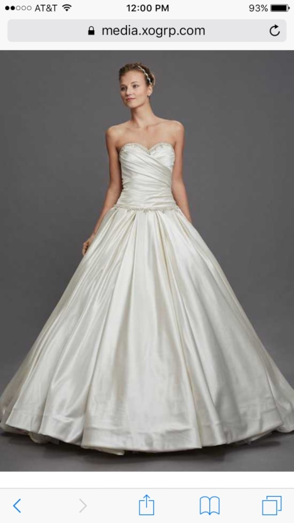 Beautiful Pnina Tornai Ball Gown Wedding Dress In Perfect Condition