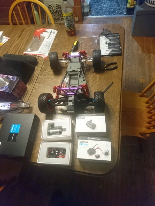 Traxxas bandit brand new fully upgraded 1c3c9527-da5c-44ee-9498-6895d56f809a