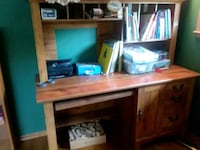 Oak desk with slots and side drawers Clarendon Hills, 60514