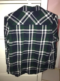 Black and white plaid button-up long sleeve shirt Surrey, V3W 8X9