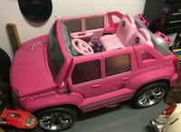 Barbie Cadillac escalade w stereo Pittsburgh, 15218
