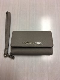 MK wallet case for iphone 5/5s/SE Regina, S4X 2M6