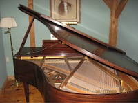 5ft chickering baby grand piano  null