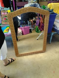 Large mirror 3 feet tall. Perfect condition!