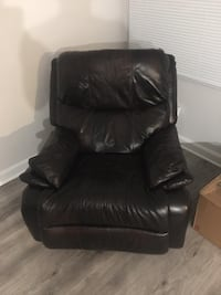 Leather LA-Z-BOY Recliner Arlington, 22206