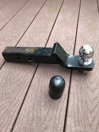 """Reese Trailer Hitch with 2"""" Ball & cover Barrie"""