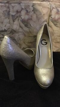 women's pair of silver-colored Guess platform stilettos West Deer, 15044