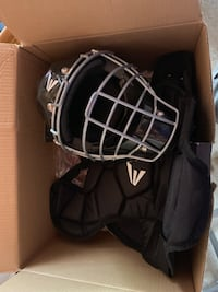 Youth Baseball Catchers Gear size 6-8 Fort Mill, 29715