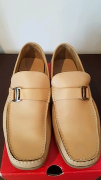 Ferragamo Mens Leather shoes.  Size 8 1/2 Vaughan