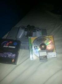 Ps1 with controller plus games and chords  462 km