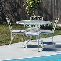 Metal table with 4 chairs Bradenton, 34205