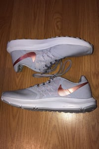 Grey Nike Womens Running Shoes CA, T5T 2Y9