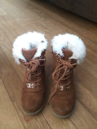Michael Kors lined boots youth 13 Pine Brook, 07058