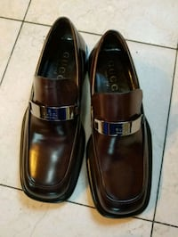 Gucci brand new Brown men size 5 shoes.  Secaucus, 07094